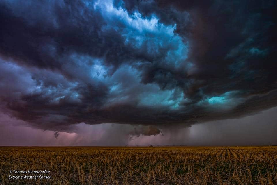 Beautiful Supercell in Eastern Colorado near Idalia, about 30 minutes after a maybnado, gustnado, tornado occurred. Incredible colour in this cell as a distinct and destructive hailcore looms beneath. Taken on May 25th 2017