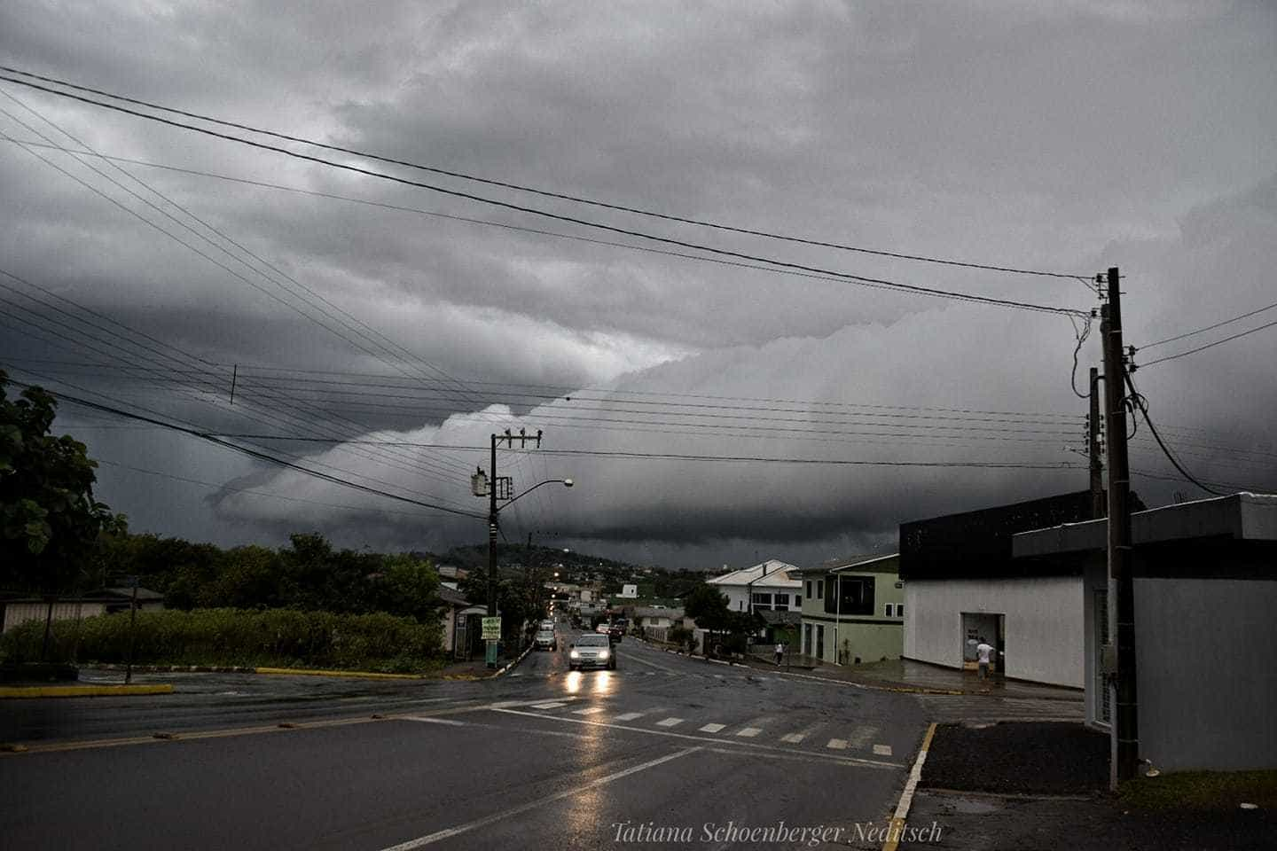 Beautiful cloud roll .. West of SC, Brazil