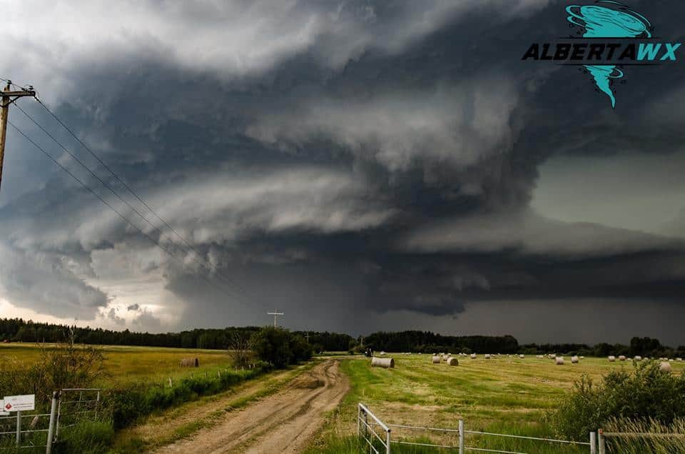 Tornado warned HP supercell. Breton, Alberta Jul 13 2017. Produced an EF-1 Tornado and tennis ball sized hail.