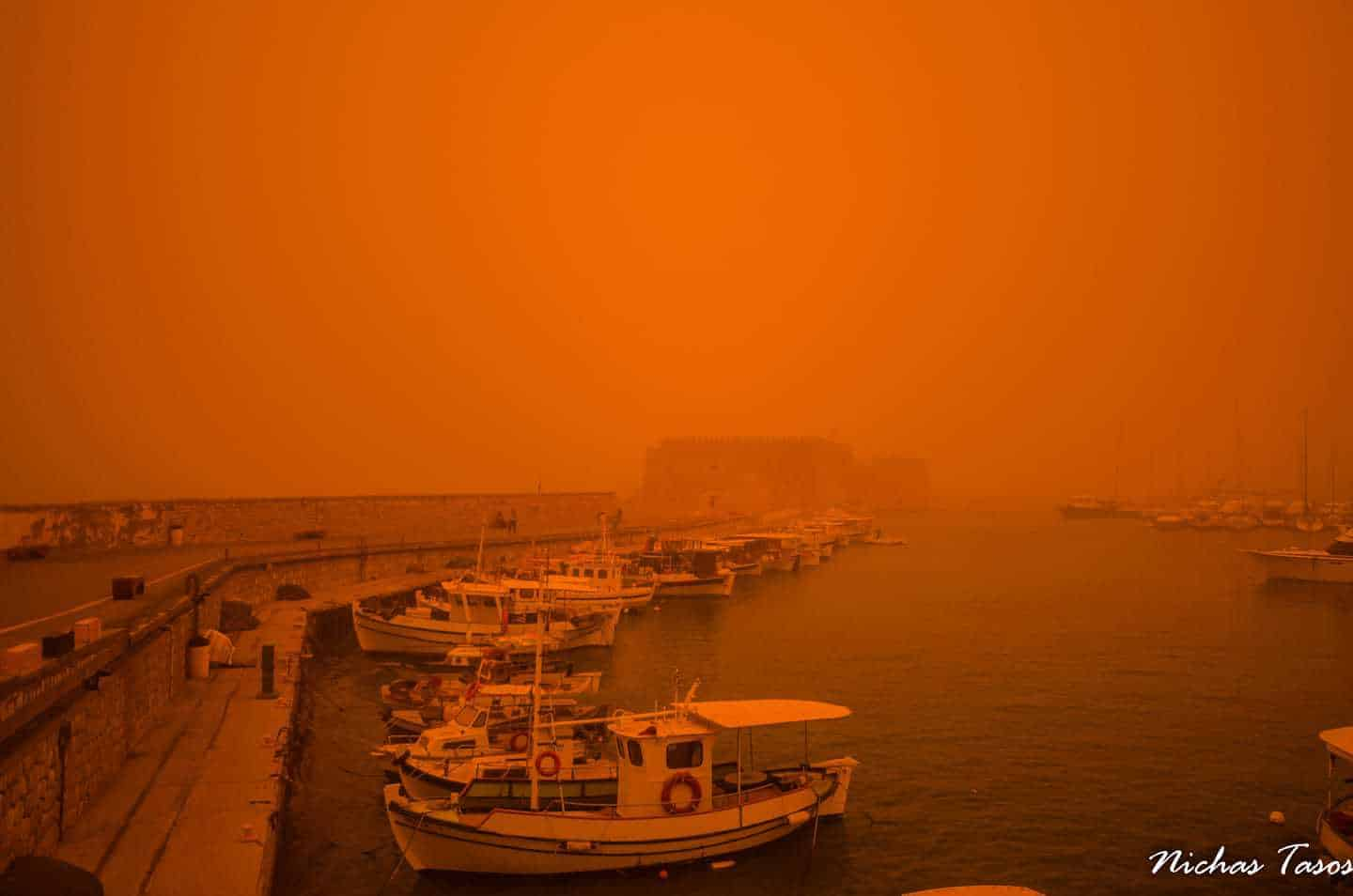 Greece , Crete dust from africa 22/03