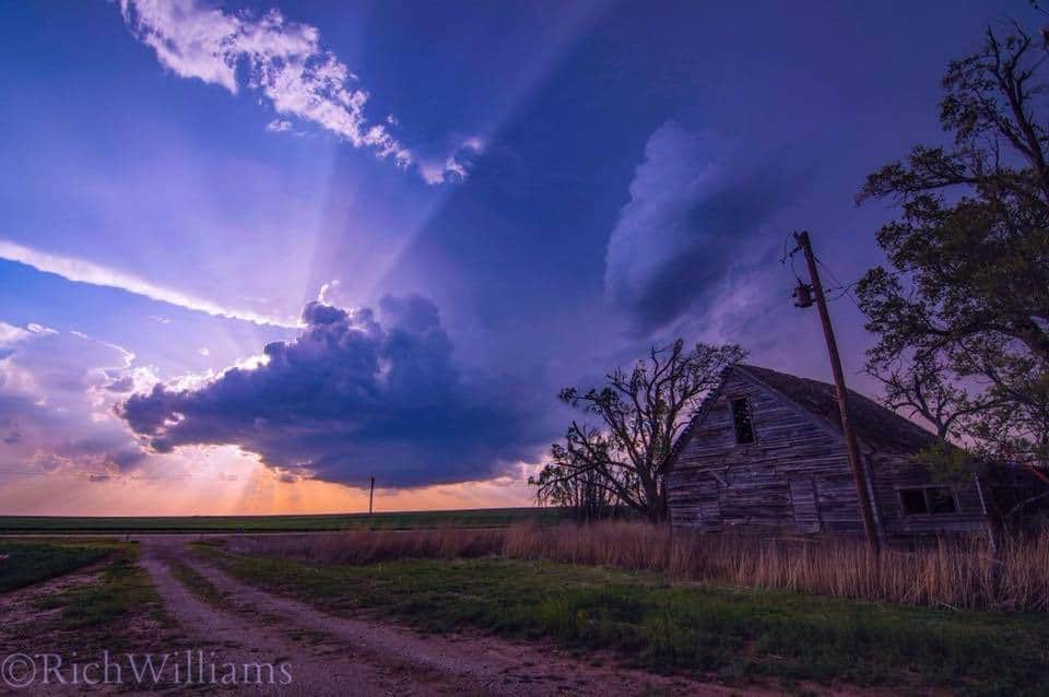 Beautiful LP supercell just west of this long abandoned house in southwest Kansas!