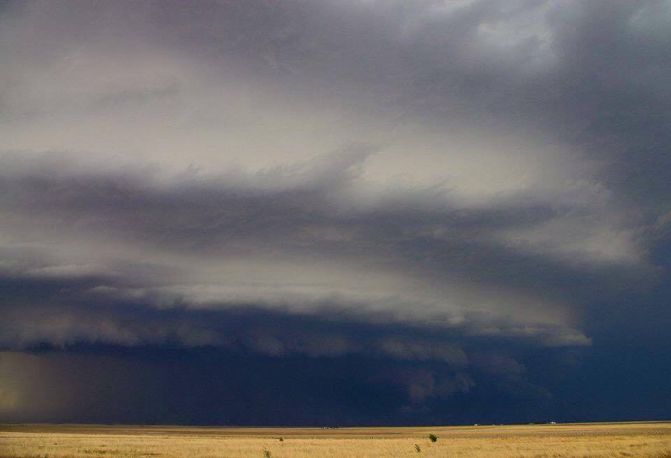 Perfectly rounded supercell structure in southwest Kansas!! This was Severe Warned for 70 MPH winds and baseball sized hail!