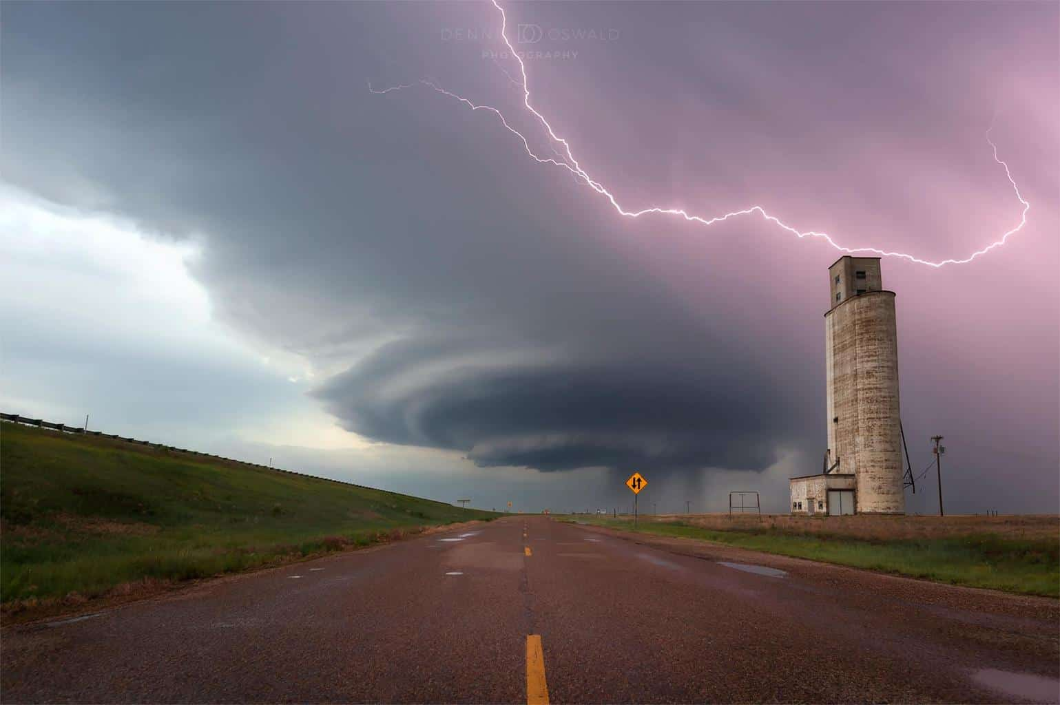 """""""The Vega One"""" Supercell in Texas"""