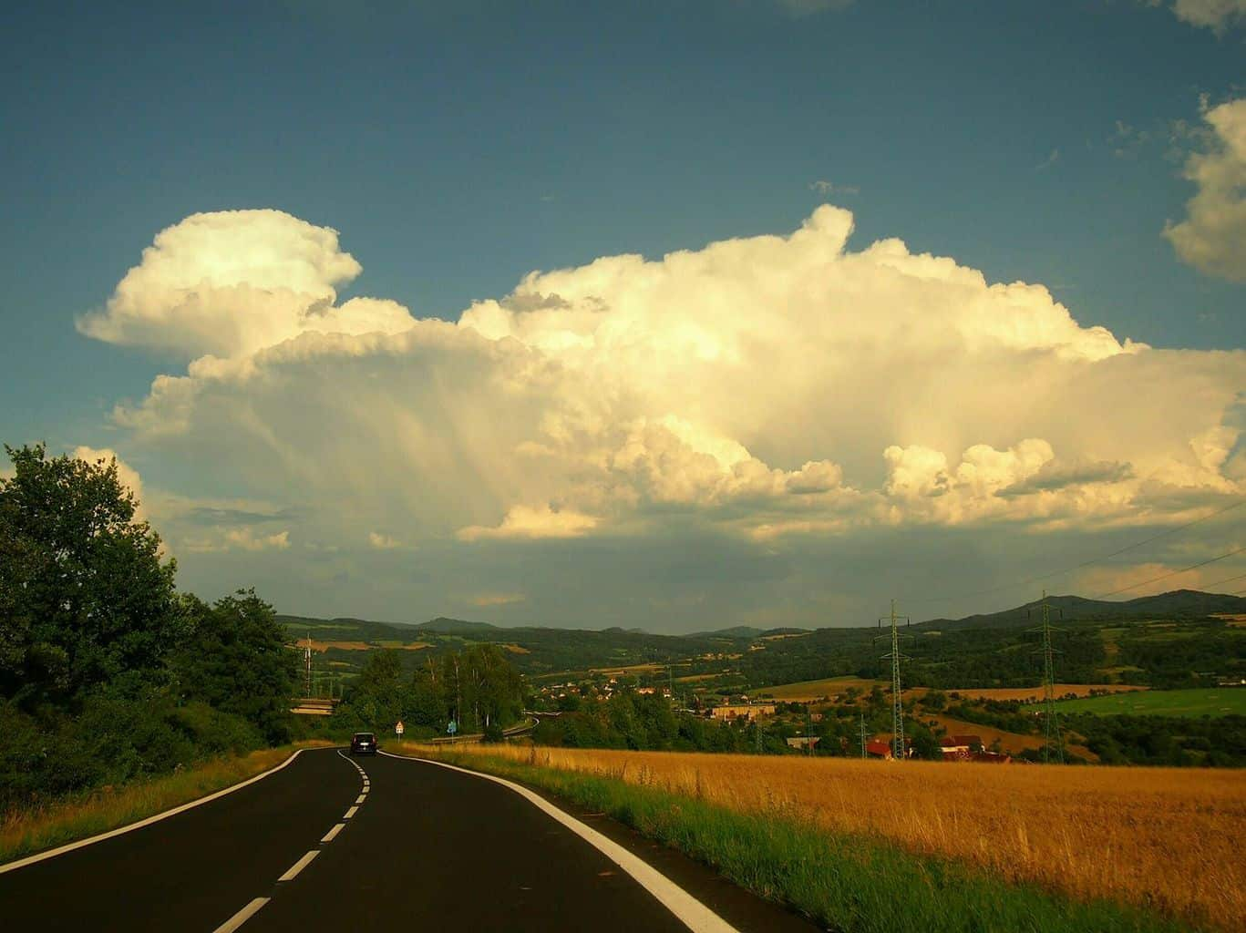 Road to the Thunder