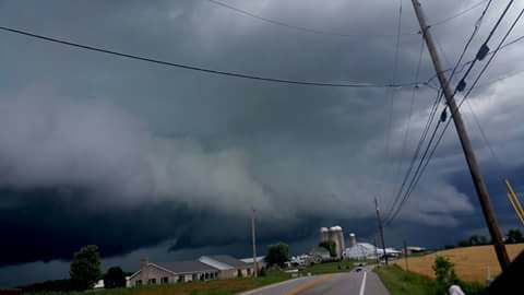 Time to get hyped for storm season. Shelfcloud near Carlisle, Pennsylvania back in August 2017!