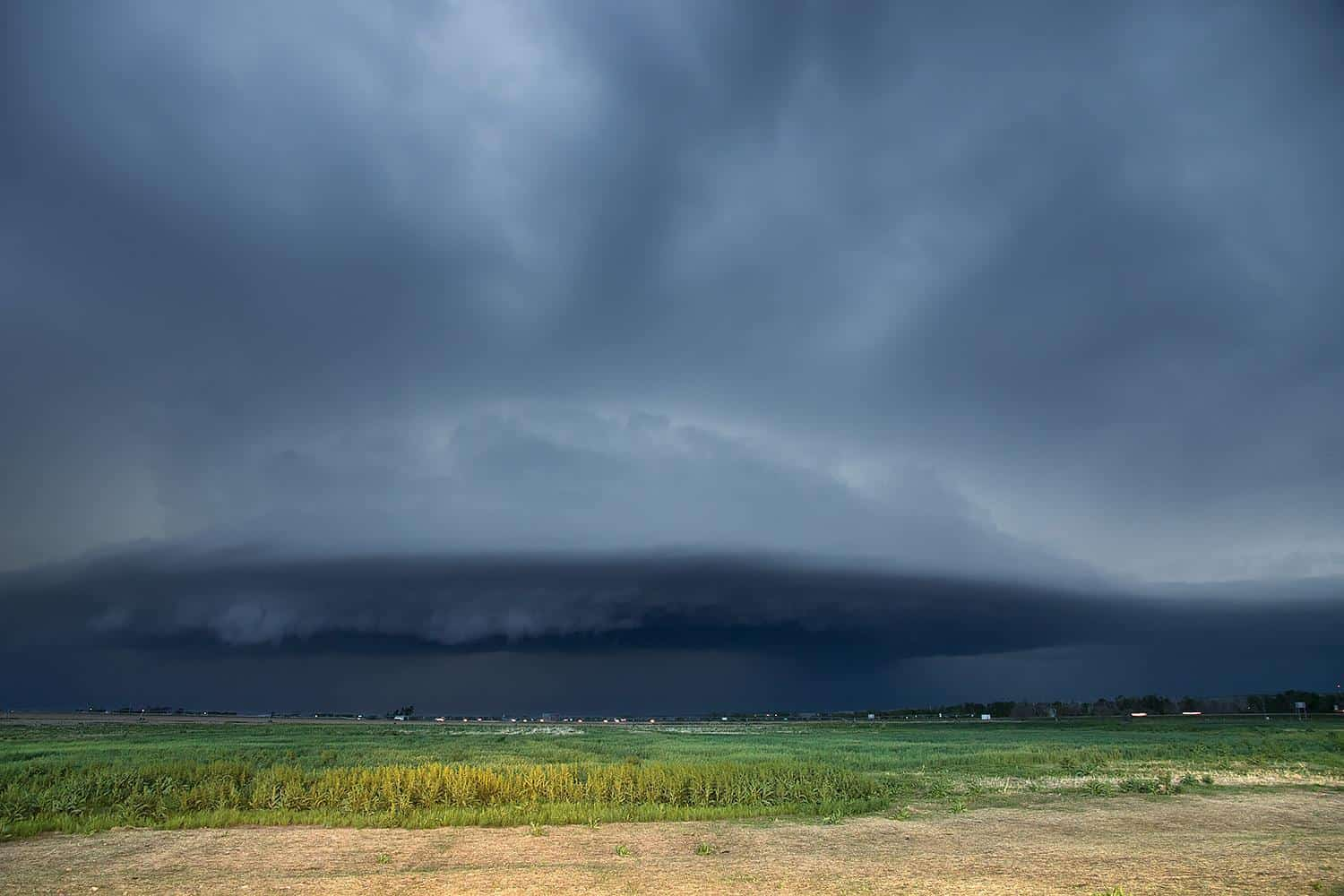 An HP supercell in Ogallala, NE on 5-15-15. It produced golfball-sized hail and ~80mph winds moments later.