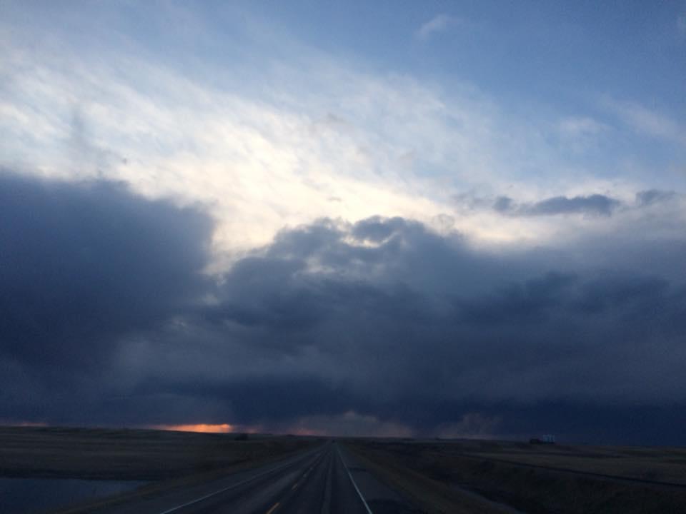 Thunder showers,Macklin Sk