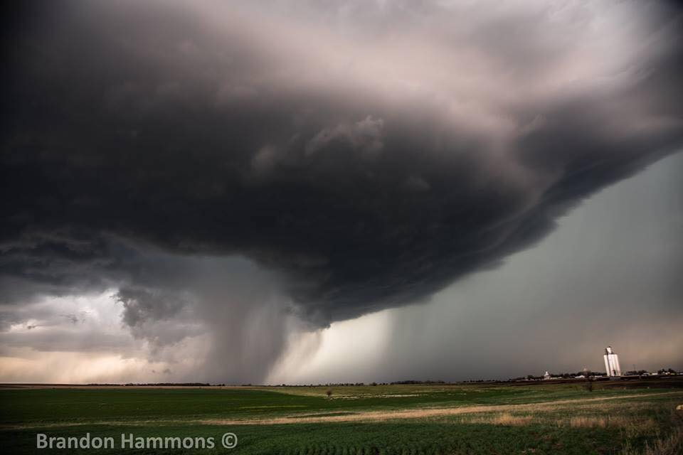 Supercell storm near Ellsworth, KS. This storm went on to produce the wedge tornado near Culver, KS