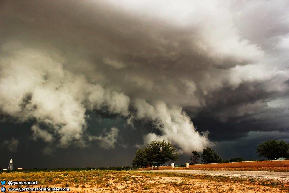 May 26, 2014 Monster Shelf Cloud somewhere around Big Spring, Texas!