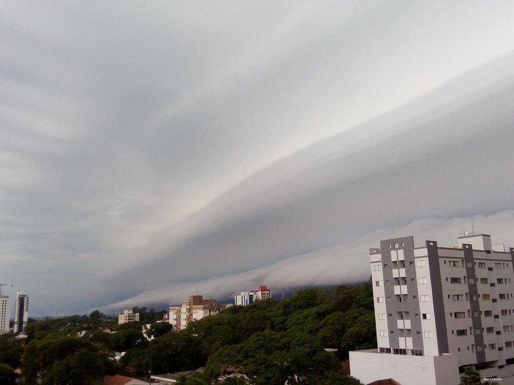 Shelf Cloud over Cianorte, southern Brazil. Oct 2017.
