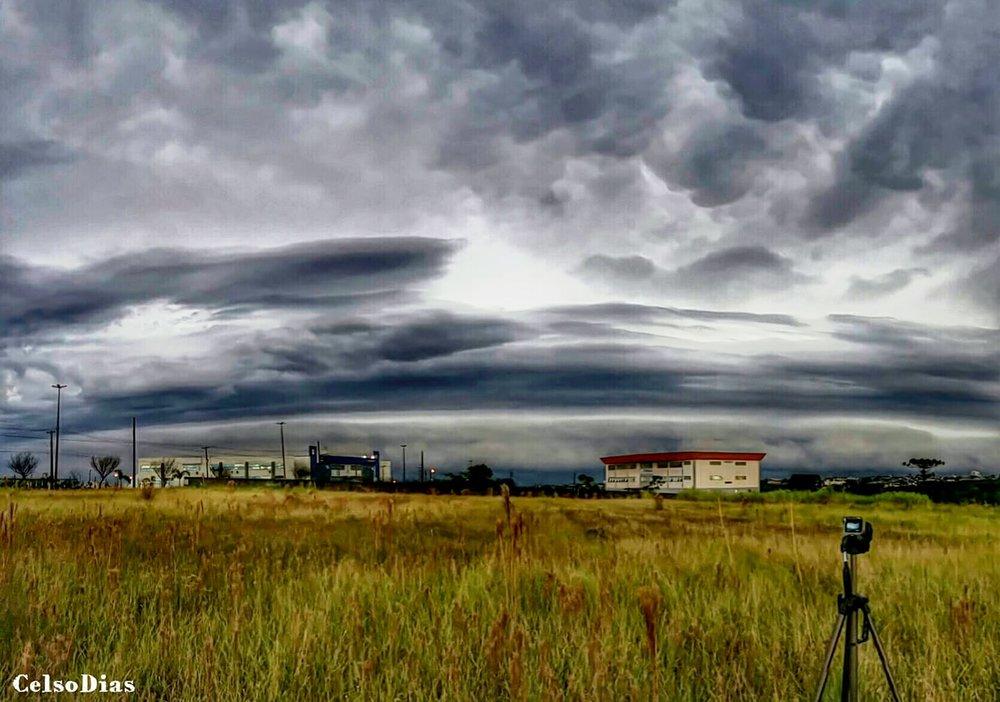 Good weather in Cascavel ... to photograph! CAPTURA/EDIÇÃO/POSTAGEM: Samsung J5 Metal
