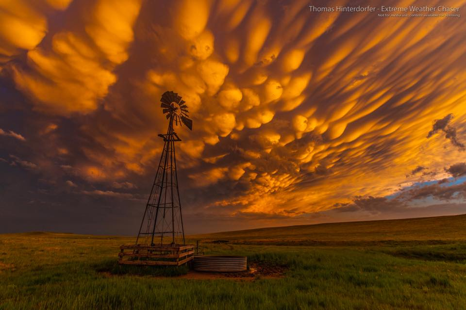 Incredible sunset mammatus on the Colorado side of the Colorado / Wyoming Border — June 18th 2018.