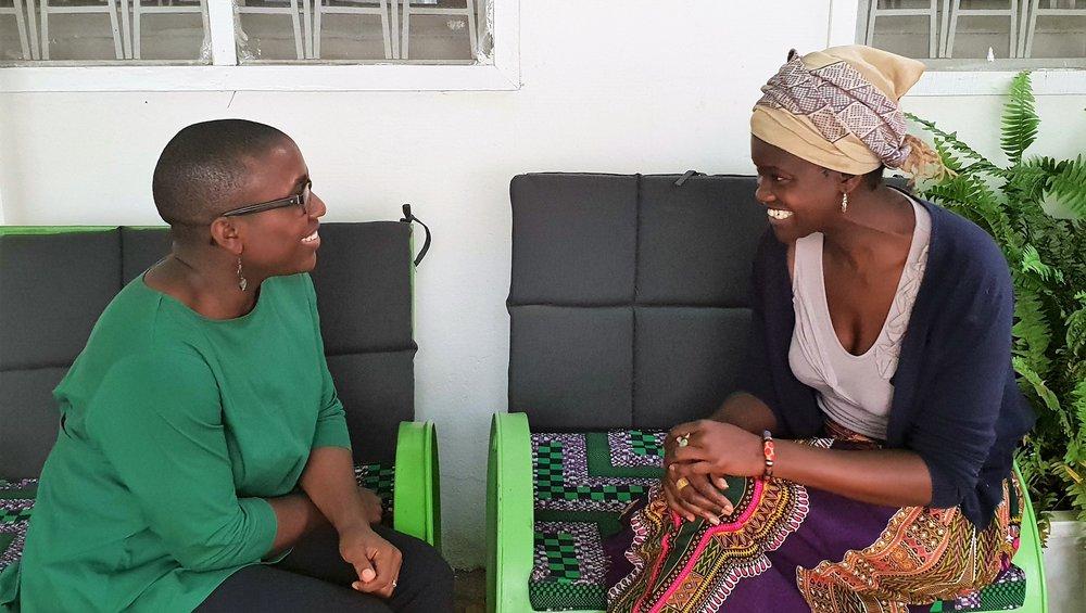 In conversation with Diakhoumba Gassama. Credits: Eyala.