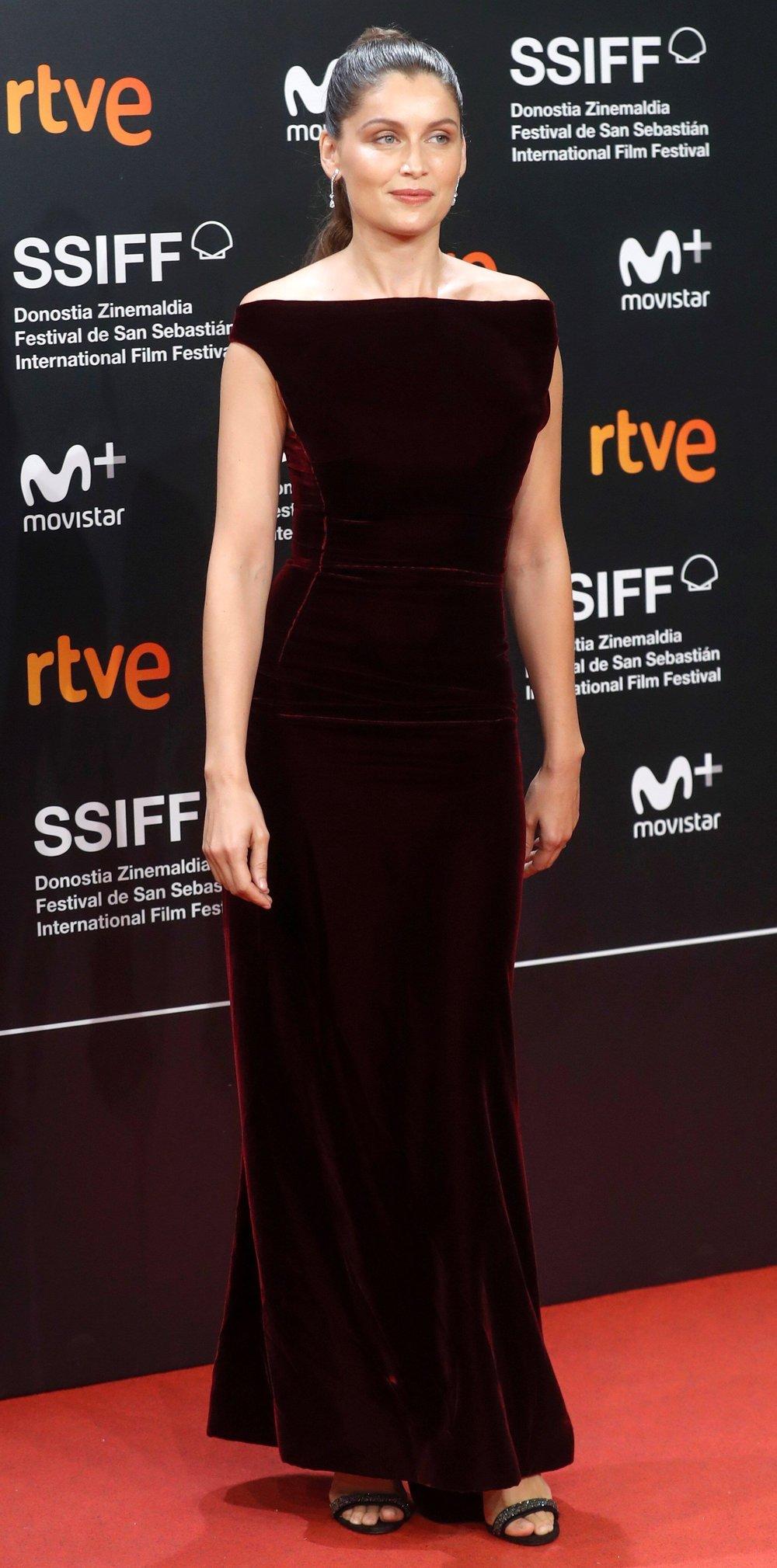 La actriz Laetitia Casta durante la presentación esta noche  en la 66 edición del Festival de Cine de San Sebastián. Foto:Juan Herrero