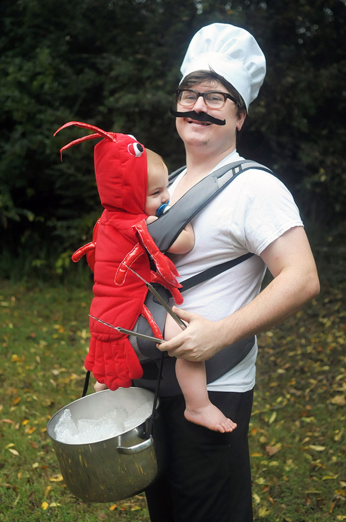 baby-carrier-halloween-costumes-129-59edd65babe1b__700.jpg