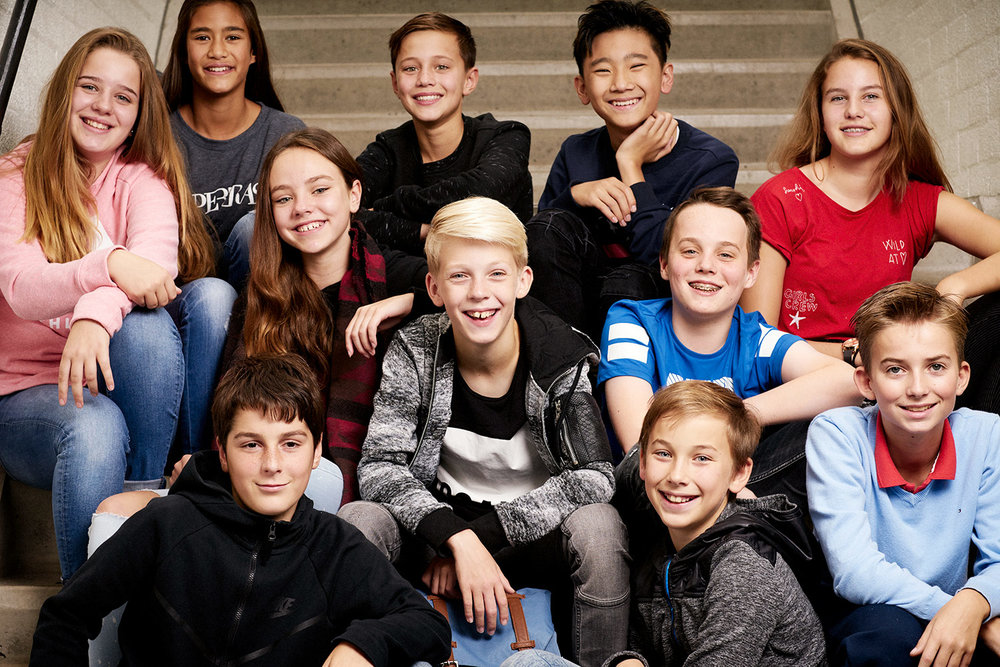 groepportret van kinderen Middelbare School