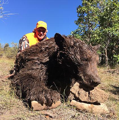 colorado-guided-bear-hunts.jpg
