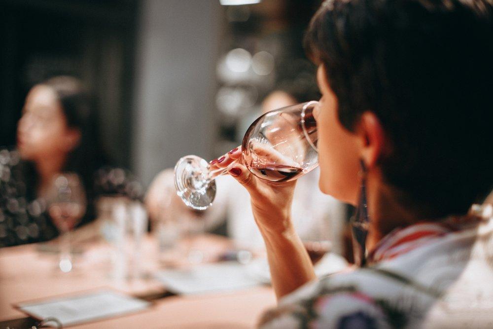 adult-celebration-drink-696219.jpg