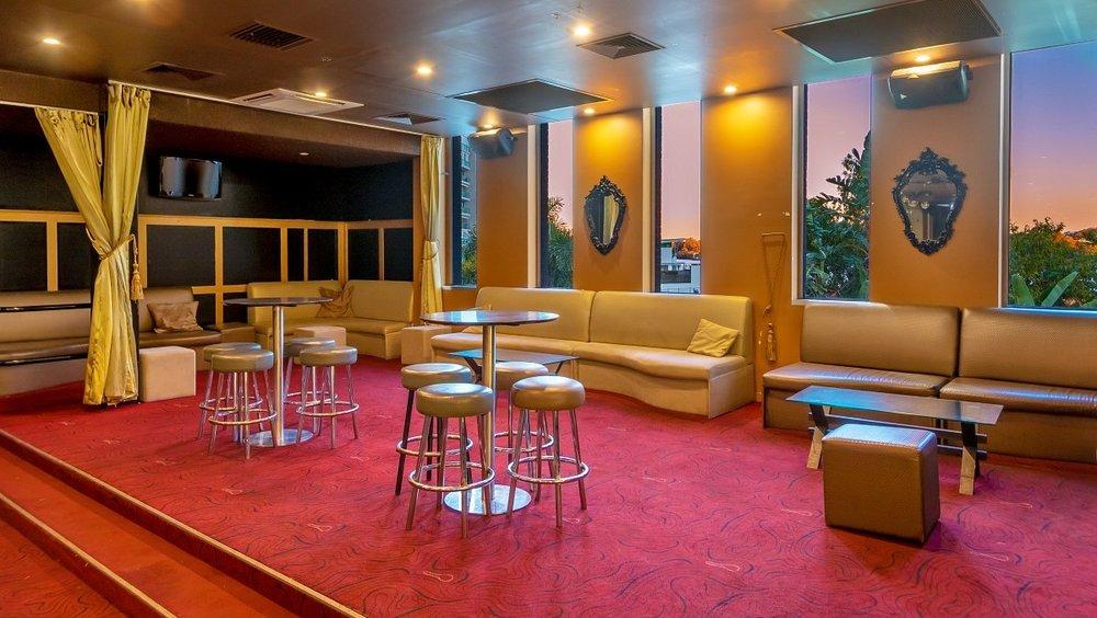 H Lounge VIP.jpg