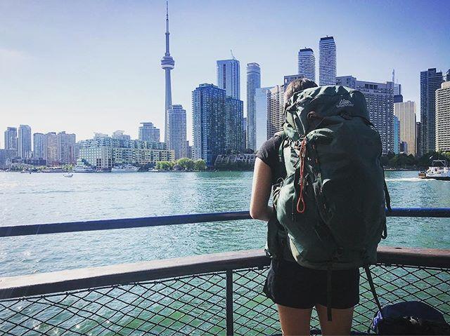 #wednesdaywalk takes us on a mini end-to-end of Toronto Island. Glad to have an excuse to explore this beautiful city! . . . . #torontoisland #centreisland #ferry #brucetrail #hiking #walk #ontario #toronto  #getoutside #optoutside #neverstopexploring #exploreontario #adventure #niagaraescarpment #hikingontario #nature #endtoend #trailraisers #fundraiser