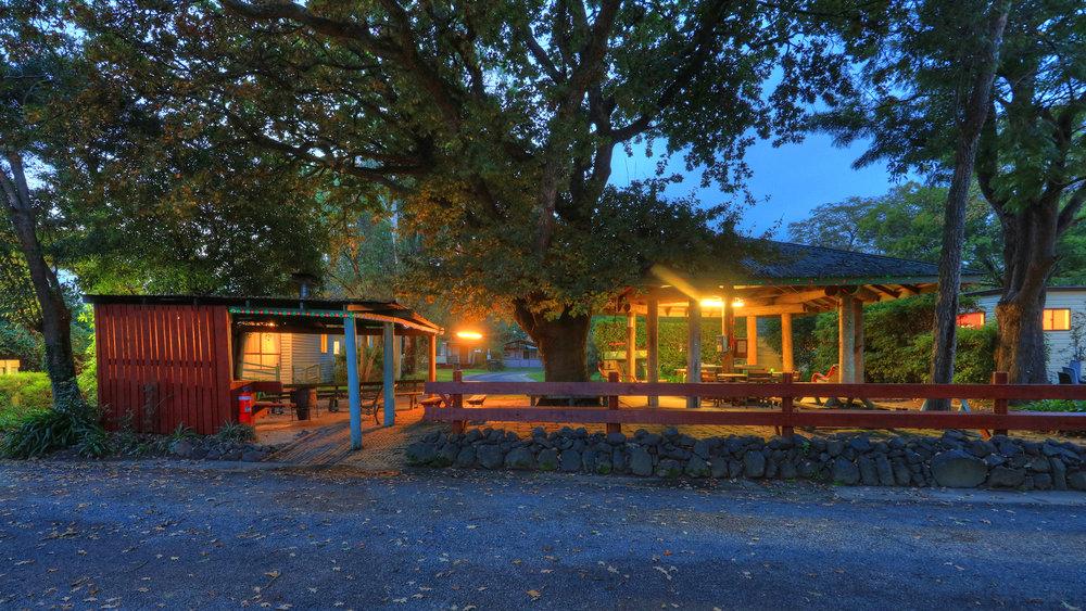 Holiday Park 2.jpg
