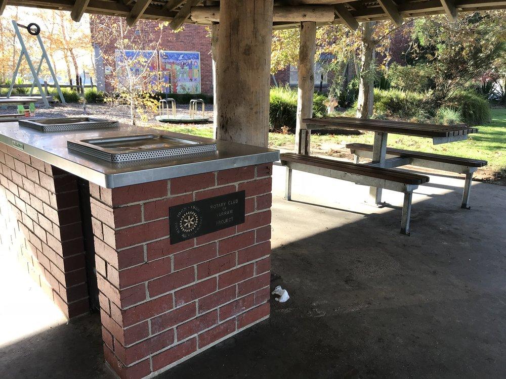 Yarram Park barbecue.JPG