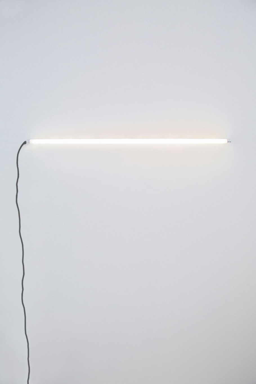 Parallel - Kristen ColemanParallel, fluroscent tube, 2016