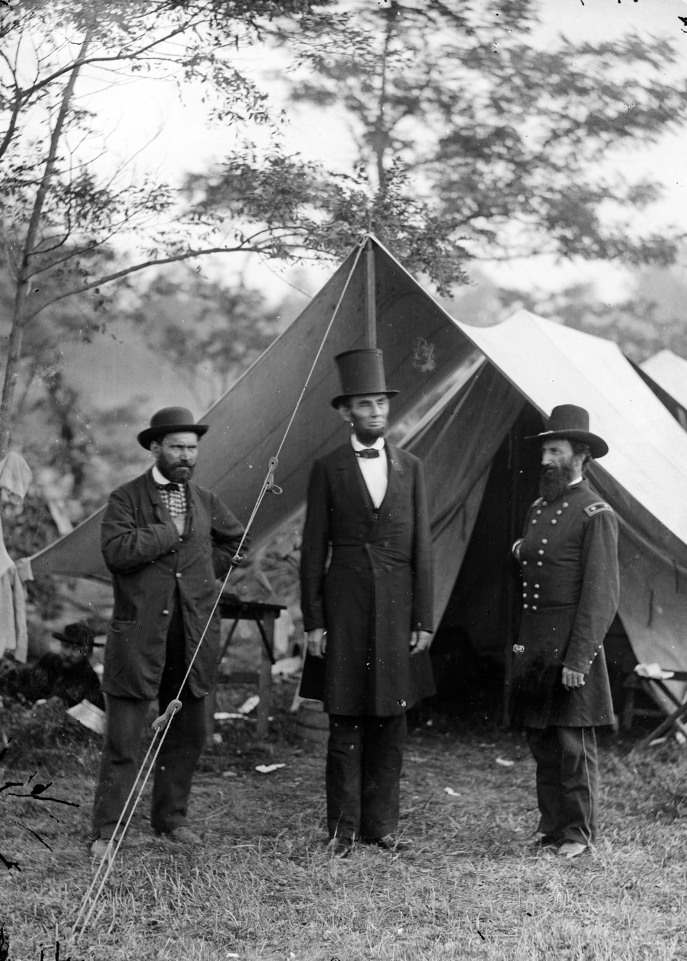 Allan Pinkerton hanging out with Abe Lincoln, looking all serious as they contemplate all the spies they're going to catch.   Courtesy of the Library of Congress.