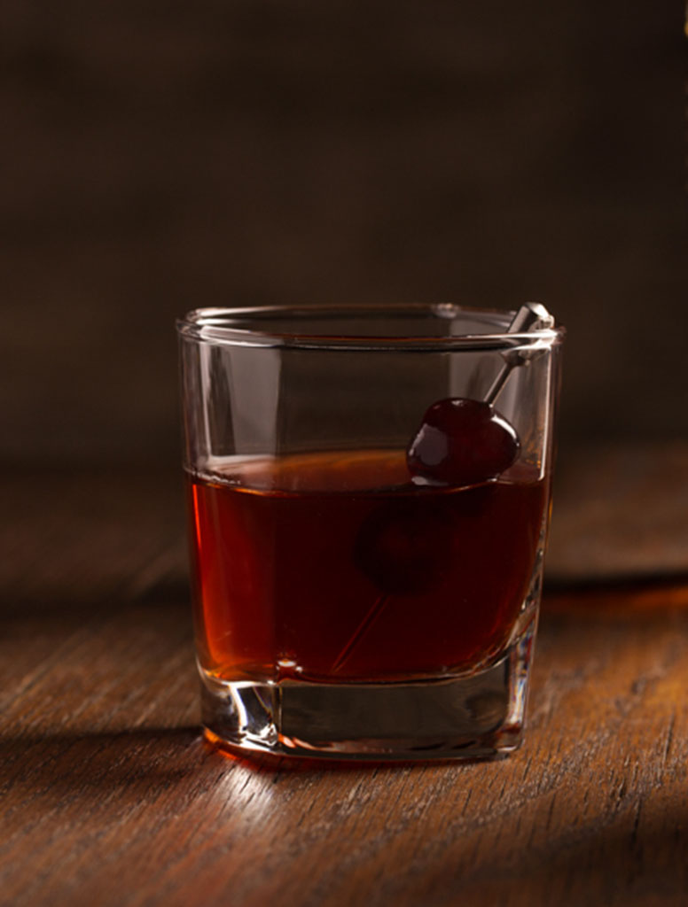 Knob Creek Classic Manhattan, Crested Butte Liquor Store