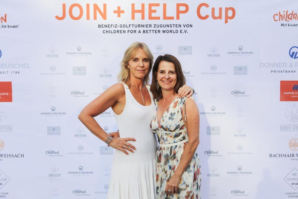 Anja Thyssen und Sonja Harms (Organisatorinnen des JOIN + HELP Cups)