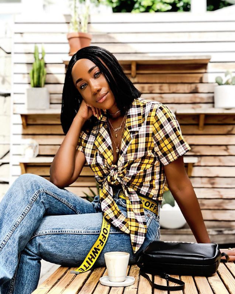 Creative Director, fashion blogger, writer, and part of Novella's West Coast family,  Alesia Carter .