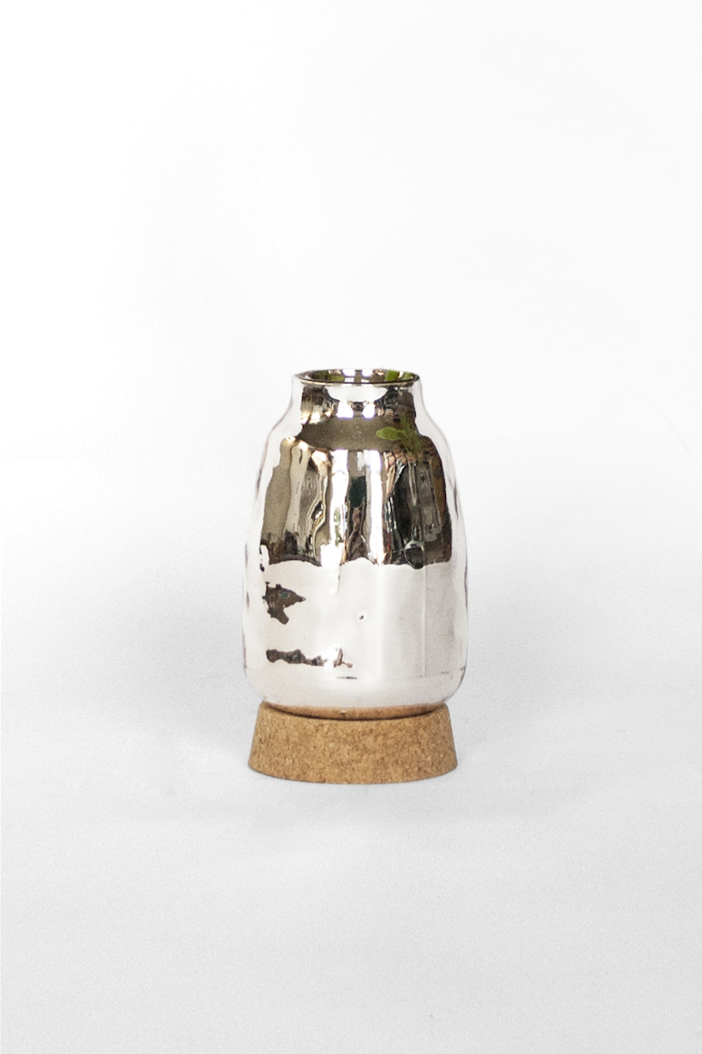 Flask Vase 2 - clean - David Derksen Design.jpg