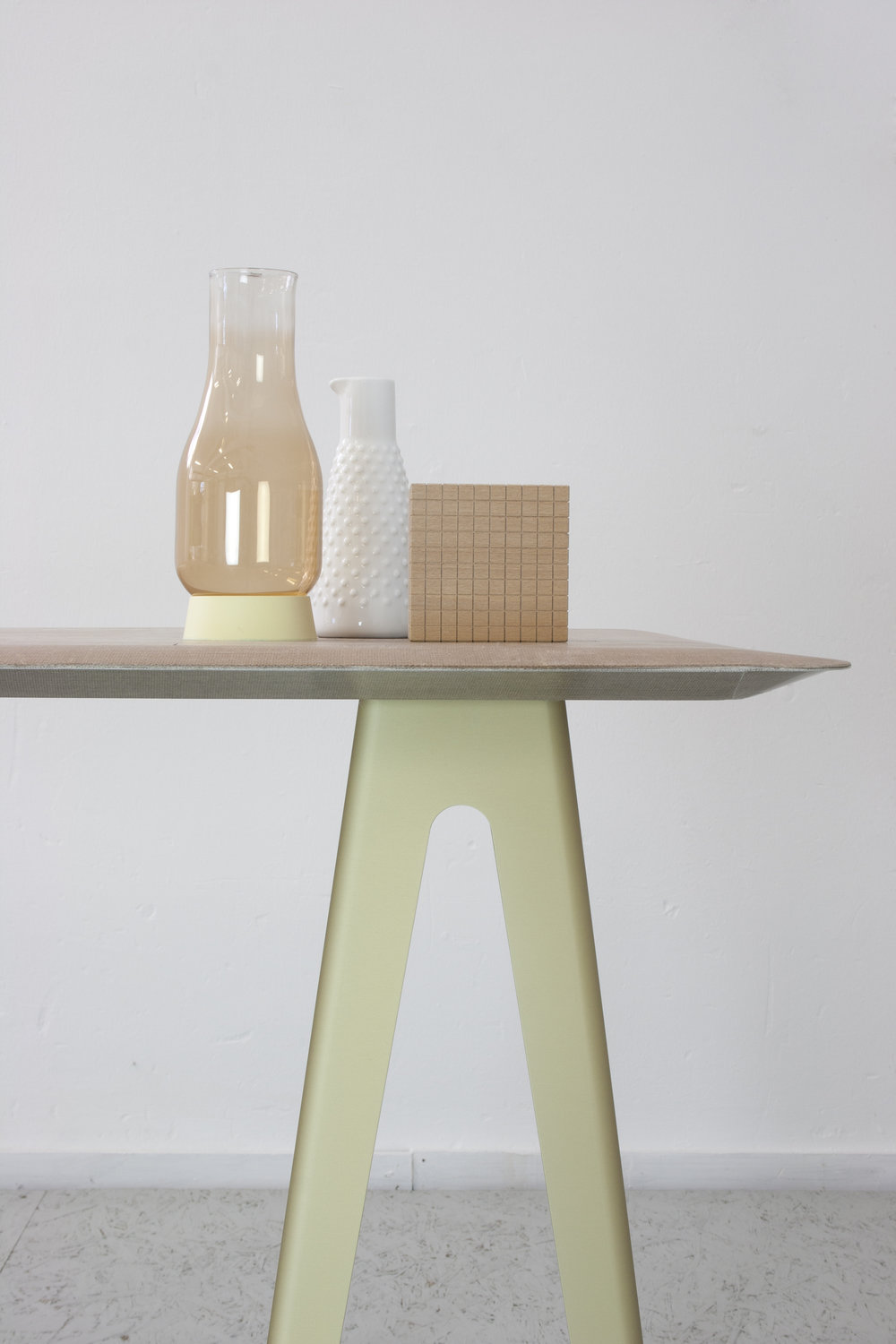 Lightness Table - detail side 2 - David Derksen Design.jpg