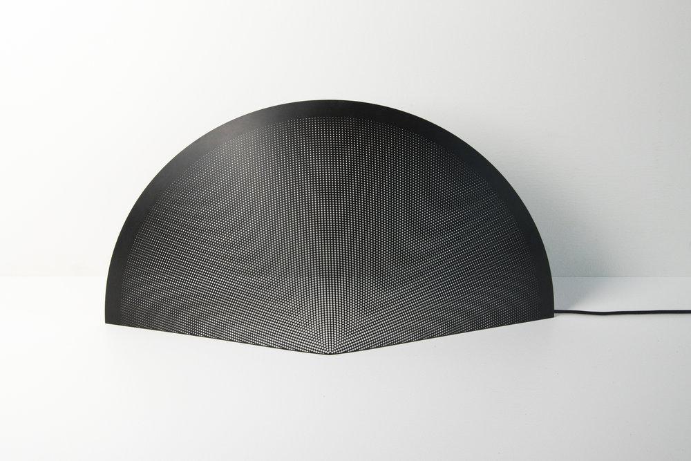 Lucid Table Light - front light - David Derksen Design.jpg