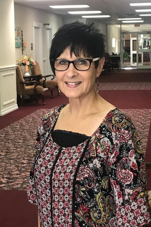 Rhonda Hollingsworth | Senior Pastor's Secretary