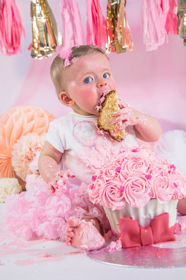 16-ELLEN-NOOR-Evadorable-Smash-Cake.jpg