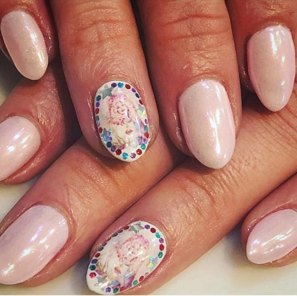 Nails by  @nailsbymii