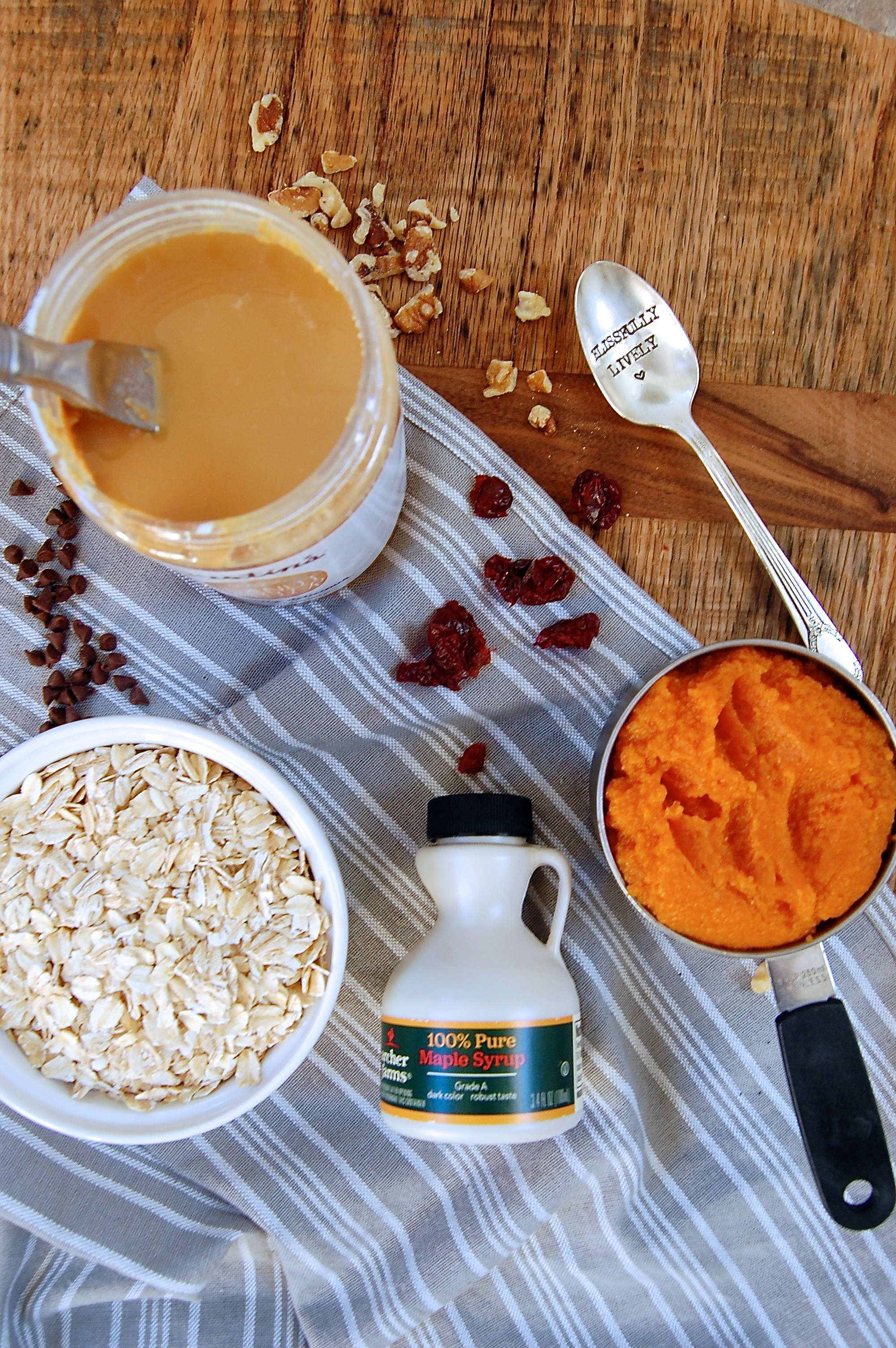 Blissfully Lively Pumpkin bar ingredients