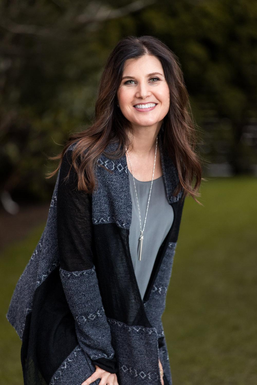 Woman Everett marysville bellingham headshot outdoor natural light business linkedin