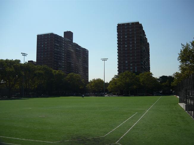 Ball field in Lindsey Park.jpg