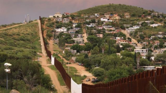us_mexico_border_07232018_1.jpg