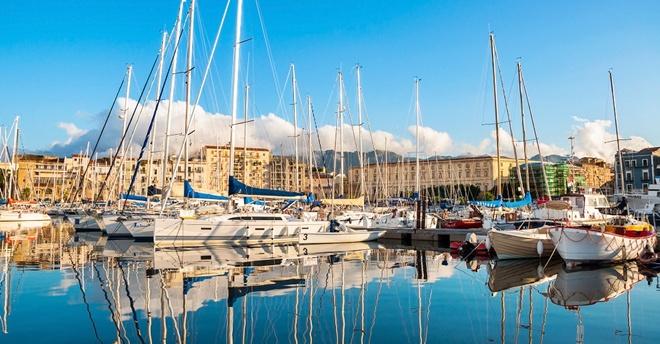 La Cala, antico porto di Palermo