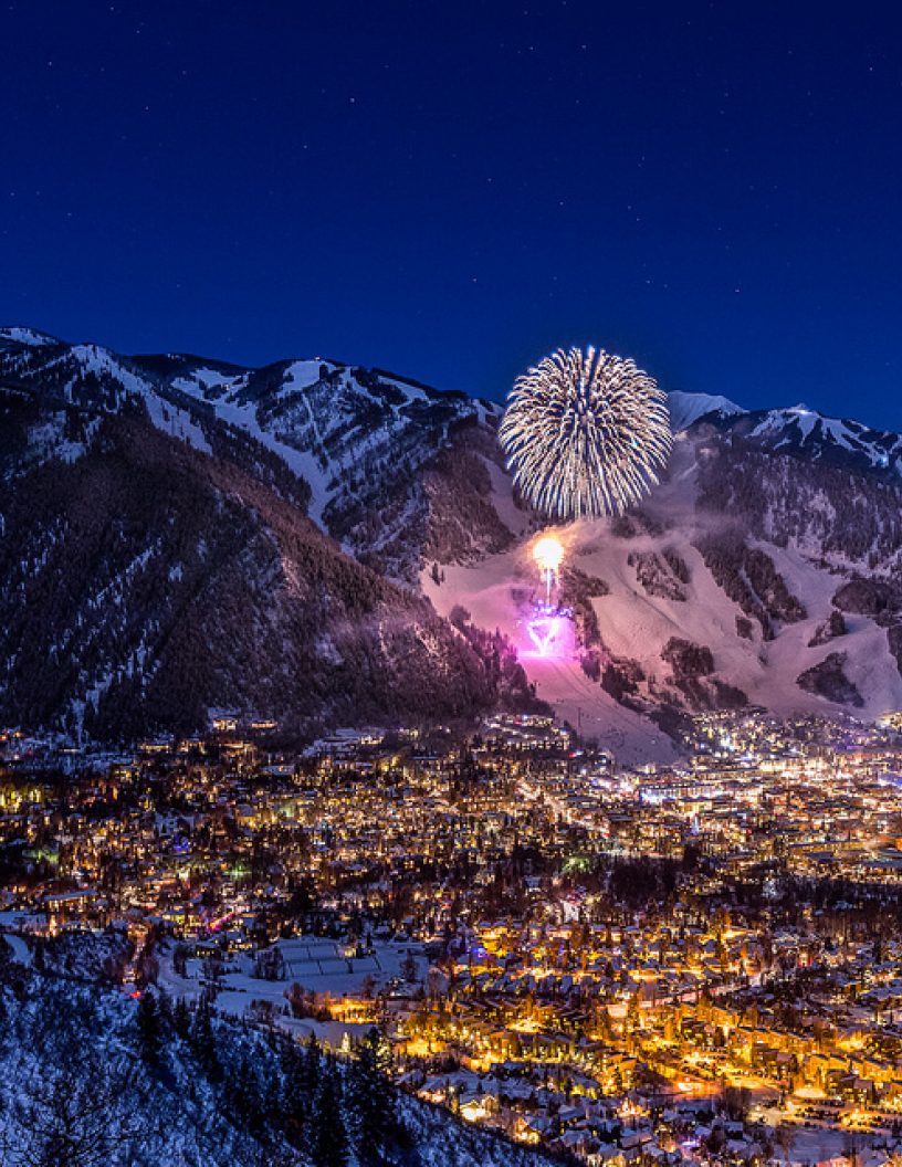 Aspen_Night_Firework_Best_of_Aspen_Guide.jpg