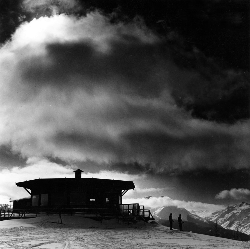 The original Sundeck built by Herbert Bayer and Fritz Benedict in the late 1940s. Image: Aspen Historical Society
