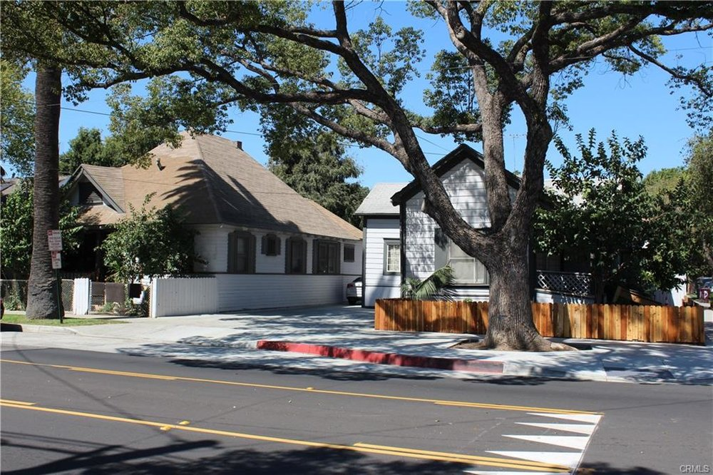 623 and 625 E. Santa Ana Blvd, Santa Ana   $1,274,000  7 Units   $199,286/unit   $108,960 GSI   4,016 SqFt   Built in 1922   $317.23/sqft