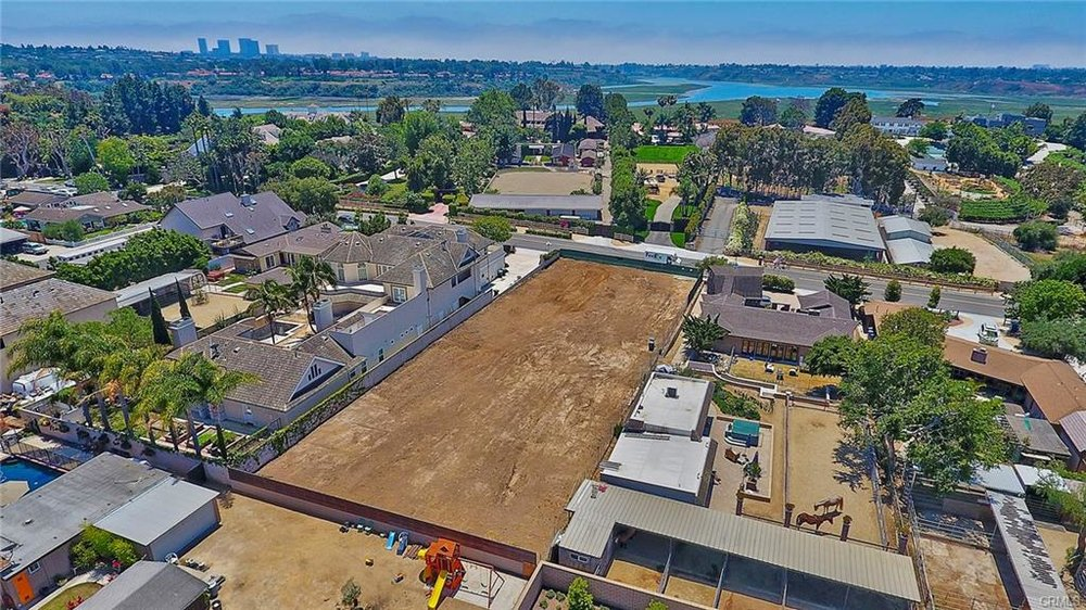 2191 Mesa Dr, Newport Beach   $1,530,000  Land | 19,305 sqft lot | 0.44acres | $79.25/sqft | R1 zoning