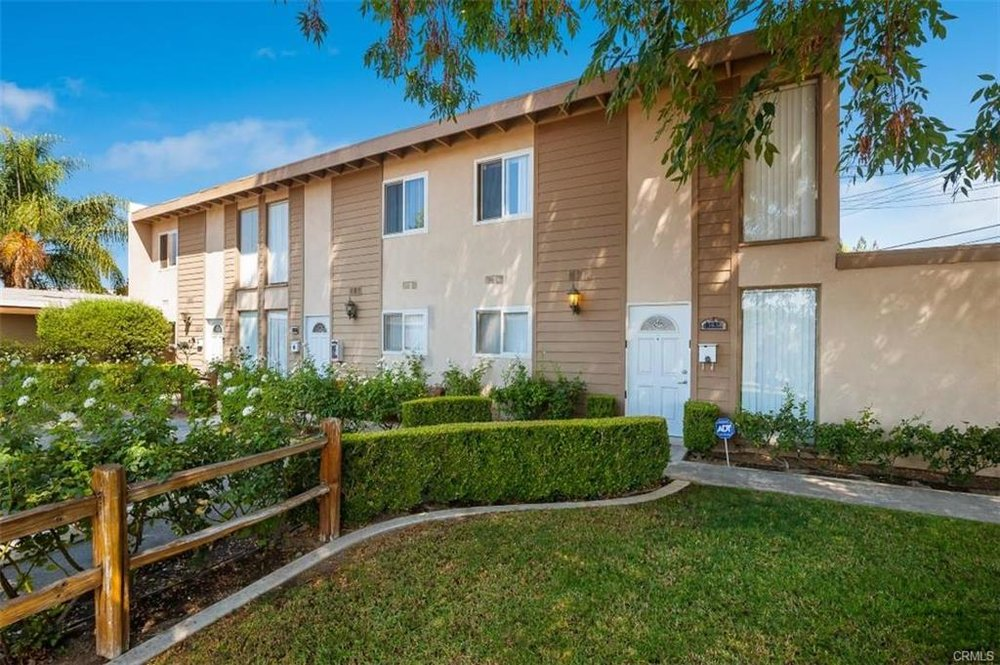 13638 Estero Cr, Tustin   $1,360,000  4 Units | $328,750/unit | $85,980 GSI | 4,406 SqFt | Built in 1963 | $308.67/sqft