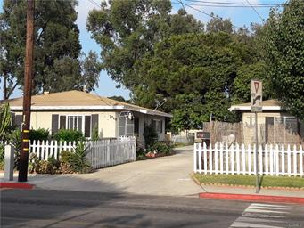 2036 Pomona Ave, Costa Mesa   $1,103,000  3 Units | $383,333/unit | $64,800 GSI | 2,604 SqFt | Built in 1957 | $423.58/sqft
