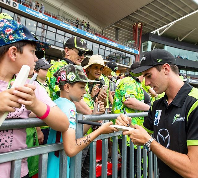 Love being part of this club.  Get out and support the @thunderbbl girls in their WBBL semi final tomorrow.  Game Starts at 10:40, Drummoyne oval. #thundernation