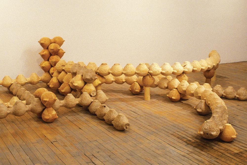 Composition T  entaculaire | Pine/Walnut/Linden/100x400x400cm